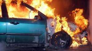В Клинцах утром 30 августа сгорел легковой автомобиль