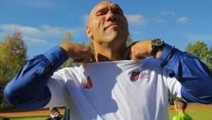 Депутат Валуев обещал отремонтировать школьную спортплощадку в Дятькове