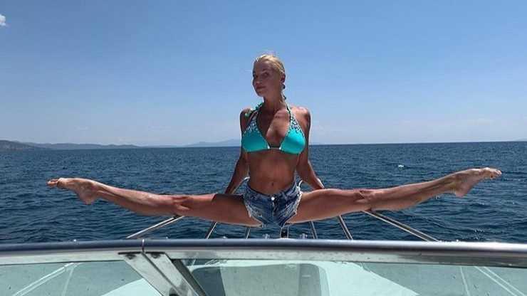 Балерина Волочкова сравнила мангал с шашлыками с Вечным огнем