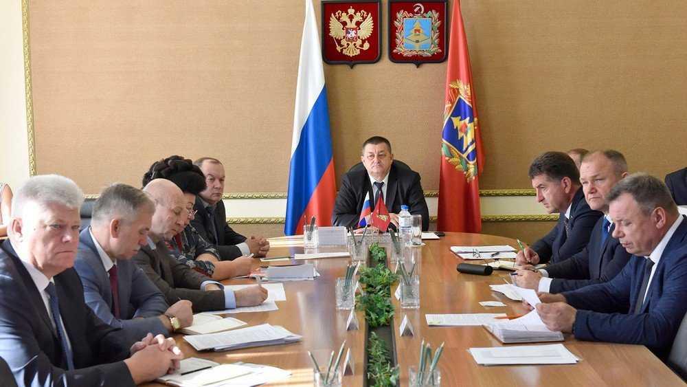 Брянский губернатор Александр Богомаз рассказал о своей команде