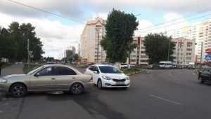 В Брянске при столкновении иномарок пострадала 4-летняя девочка