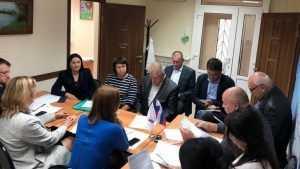 Брянские партийцы и общественники обсудили мусорную реформу