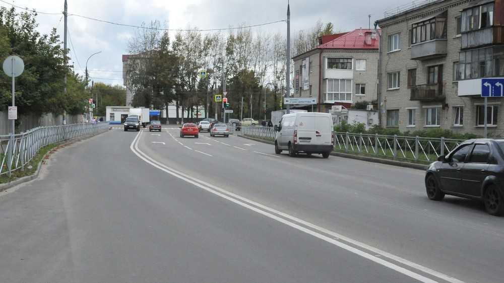 В Брянске по требованию губернатора переделали бракованный тротуар