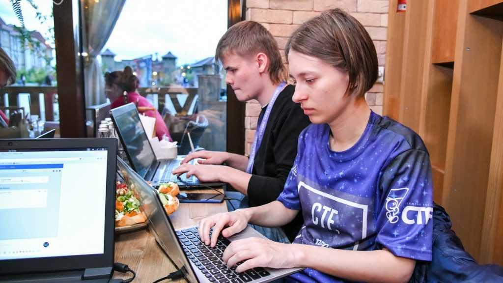 Образовательная программа по кибербезопасности в Сириусе завершилась уникальным соревнованием