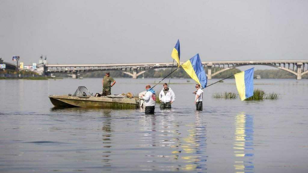 Украинцы решили прокопать рядом с Брянской областью канал и соединить моря