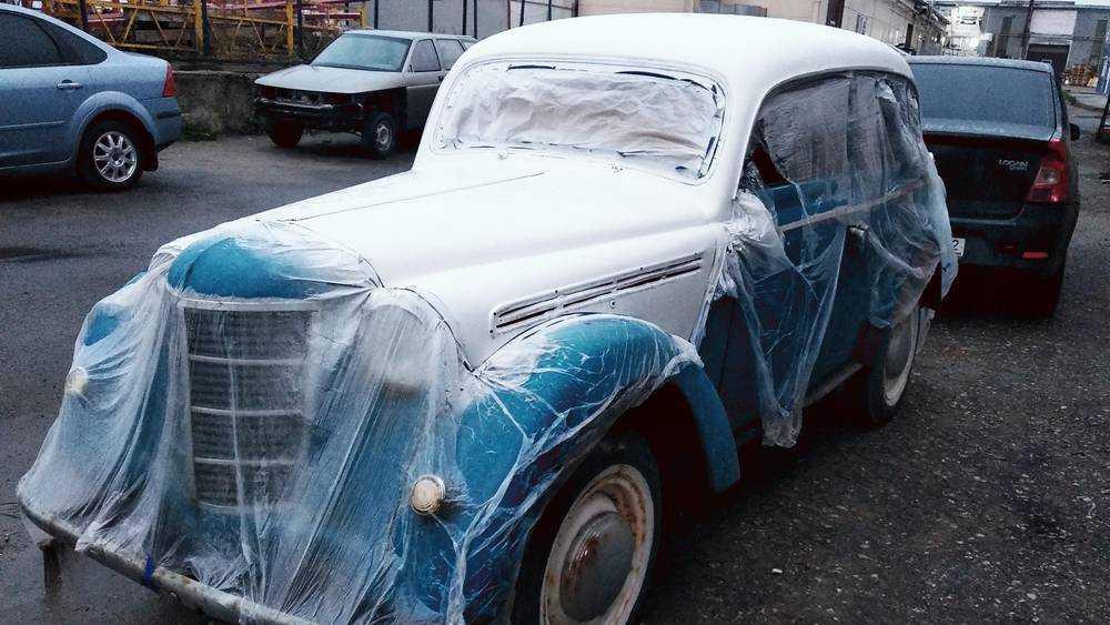 Обнаружен паривший над брянской трассой автомобиль