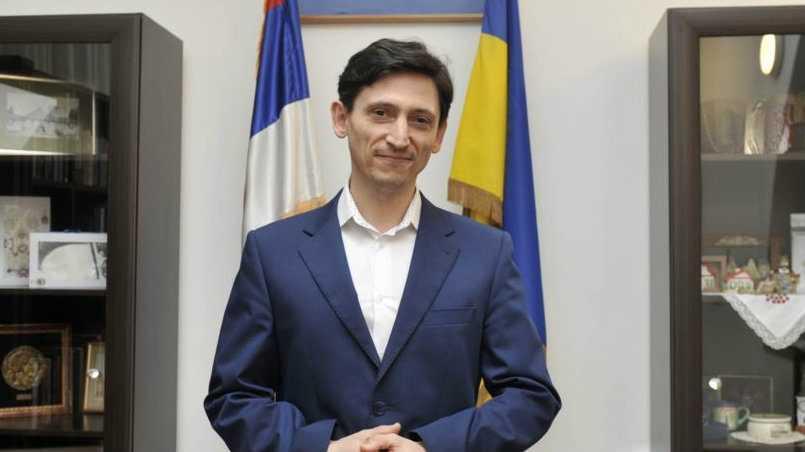 Страдающий украинский дипломат в бессильной злобе призвал развалить Россию