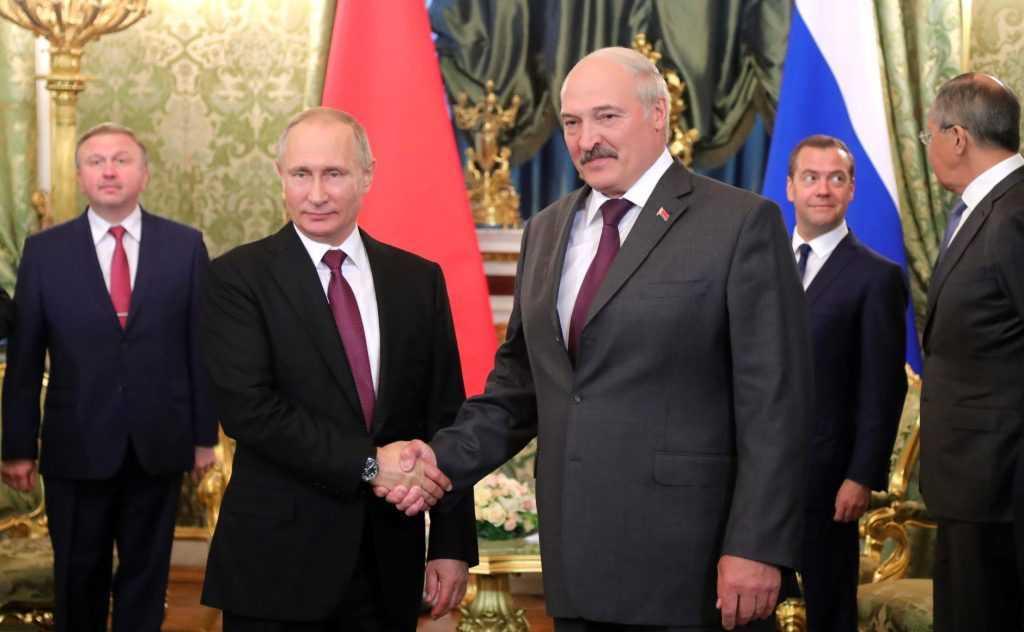Лукашенко надоел Путину