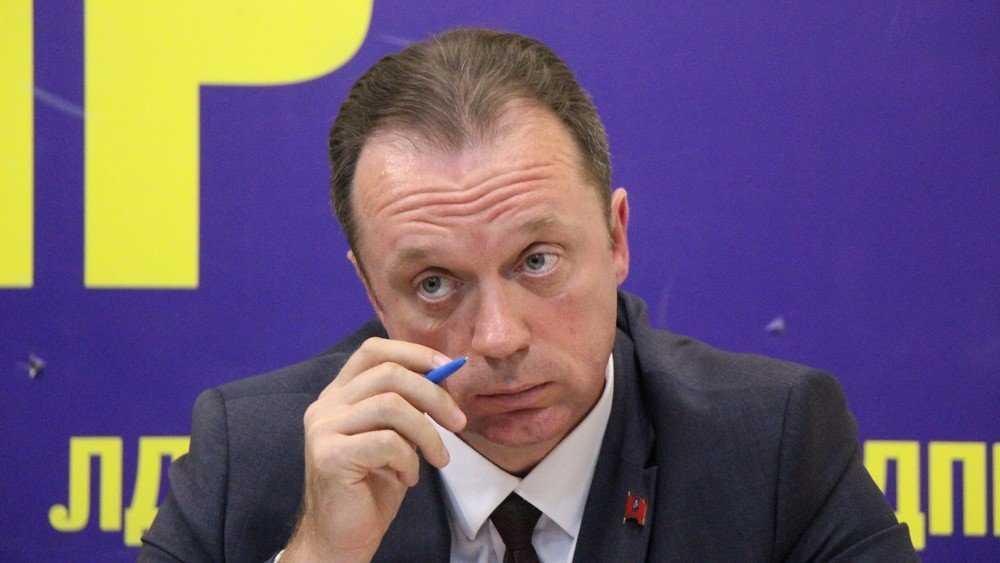 На выборах в Брянскую думу Антошин отомстил коммунисту Понасову