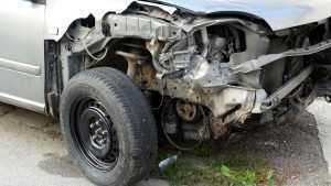 Под Унечей легковушка врезалась в грузовик – пострадала женщина