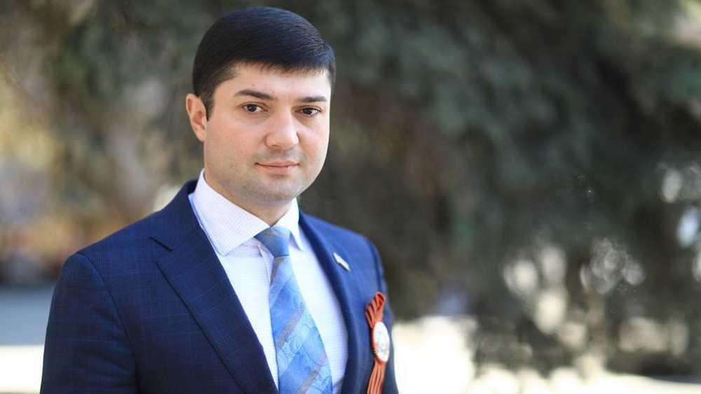 В «Единой России» откликнулись на публикации о депутате областной думы