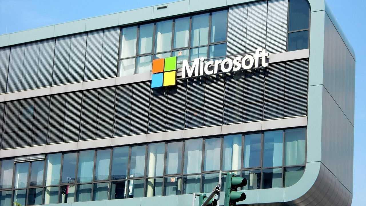 Microsoft замолвила перед Трампом словечко за Huawei