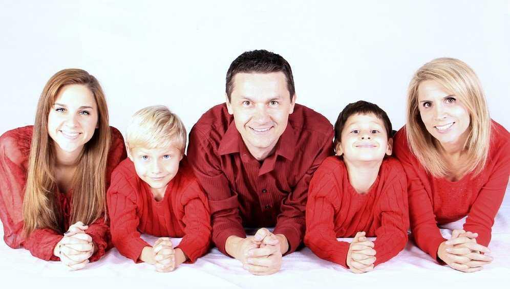 Власти Брянской области оказывают финансовую поддержку семьям с детьми