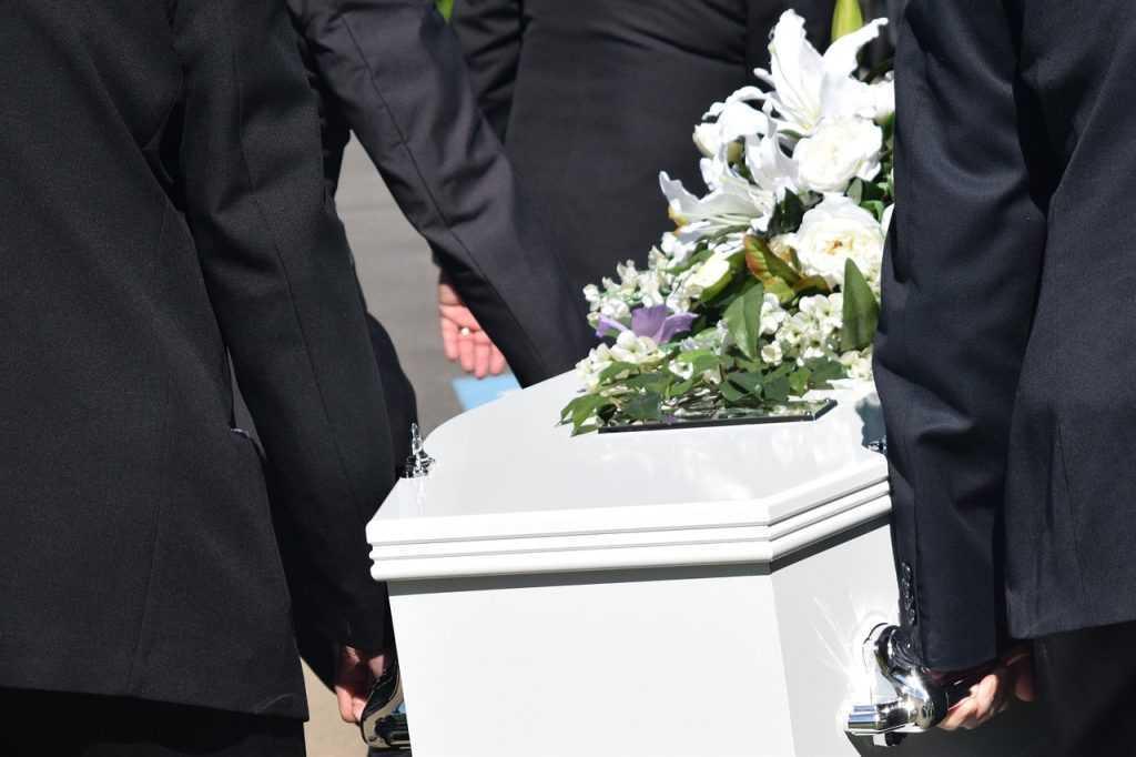 Похороны в Беларуси: что делать родственникам, если смерть настигла в больнице?