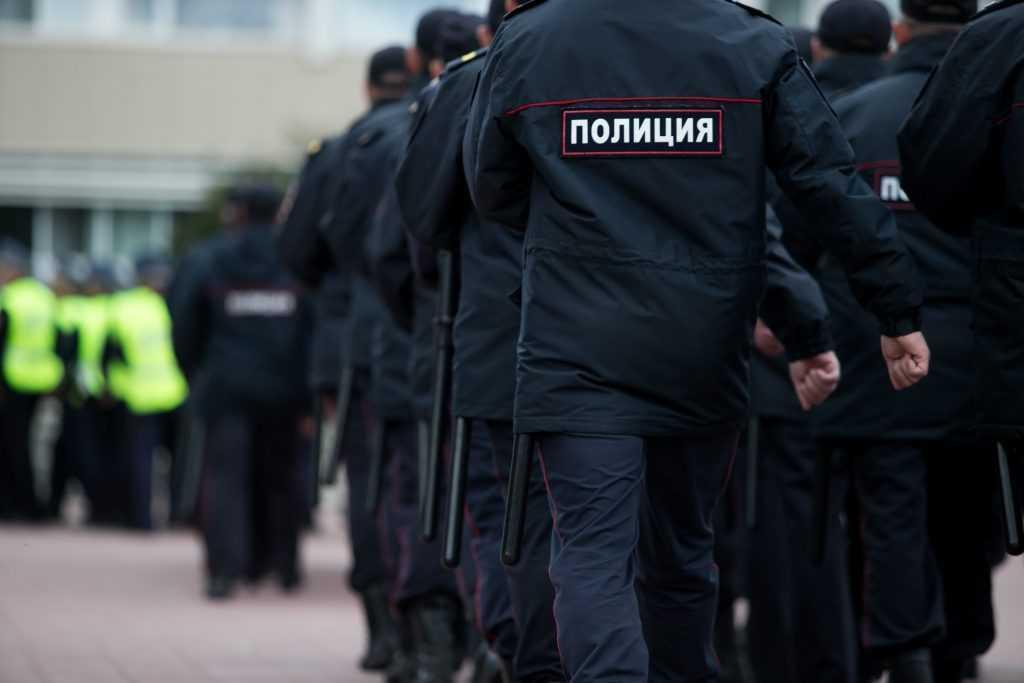 Житель Локтя за удар полицейского по голове получил условный срок