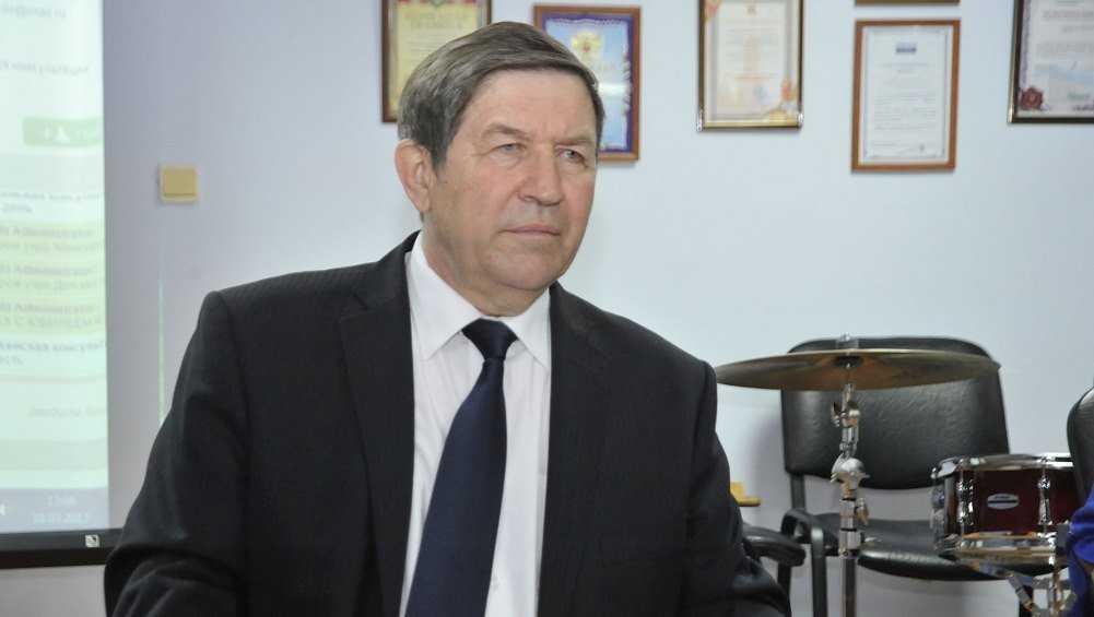 Брянские власти поздравили врача Дубового с наградой от Путина
