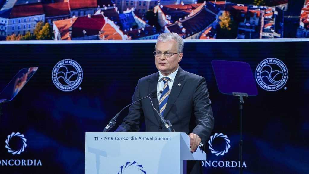 Литовского президента высмеяли за высказывания «шакала» в отношении России