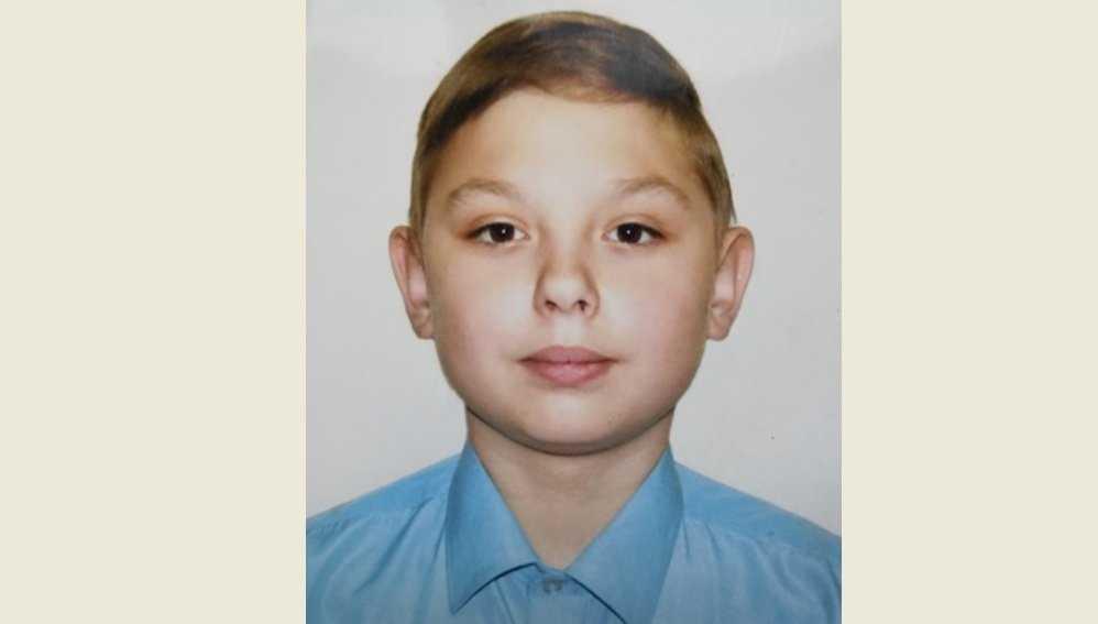 В Брянске ищут новую семью для 12-летнего Егора