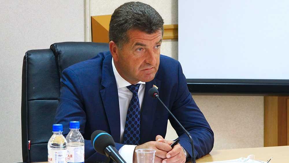 Глава Брянска Александр Хлиманков удалил свою страницу в Instagram
