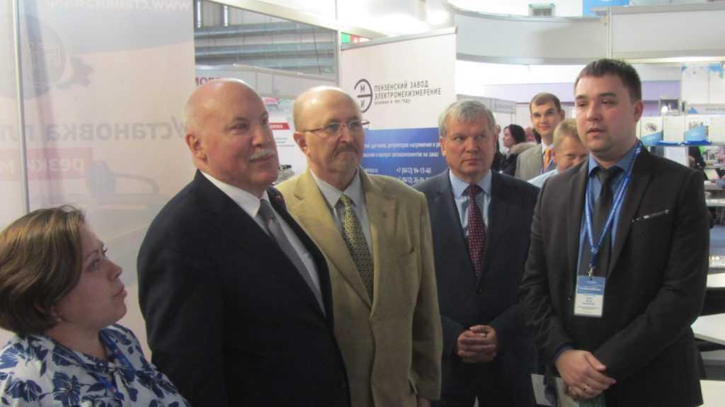 Посол России в Белоруссии высоко оценил продукцию брянских предприятий на выставке в Минске
