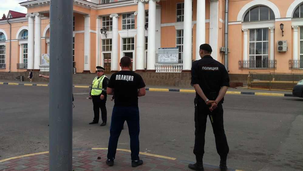 Телеканал назвал имя убийцы сотрудников спецсвязи у вокзала в Брянске