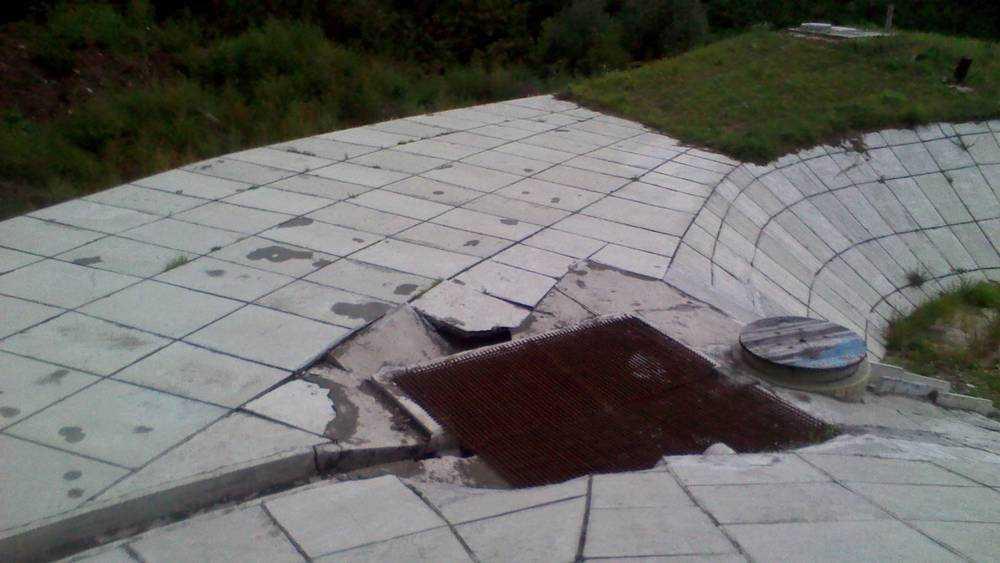 В Брянске на новом Первомайском мосту заметили провал