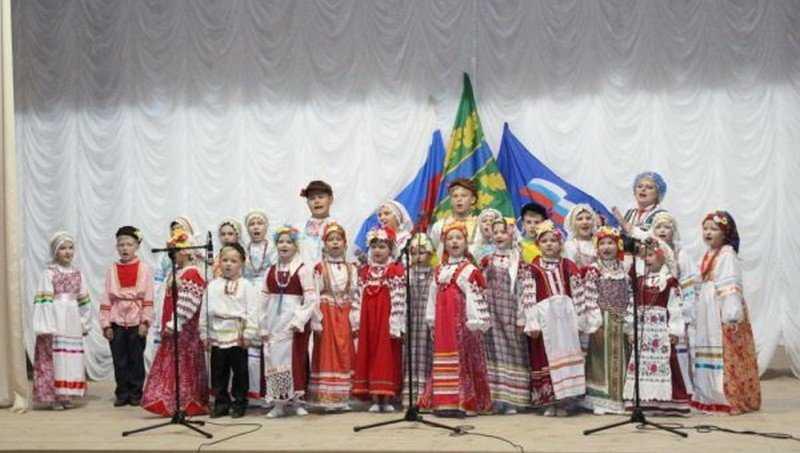 В Сеще открыли обновленный и переоснащенный Дом культуры