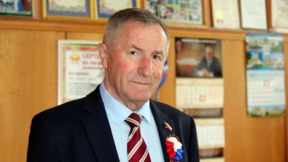 Главой  Брасовского района переизбрали 66-летнего Валерия Иванютина