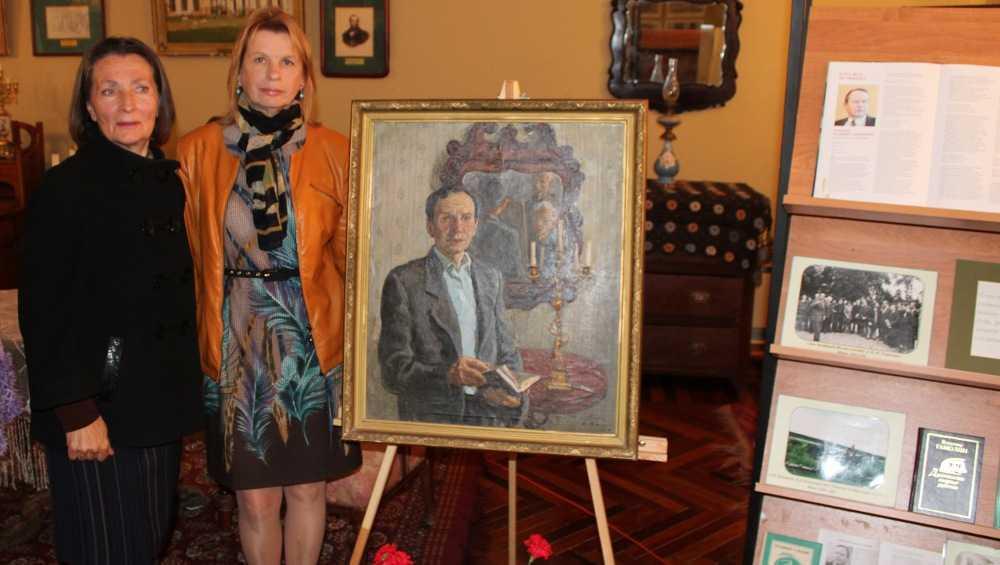 Музею-заповеднику в Овстуге подарили картину братьев Ткачевых