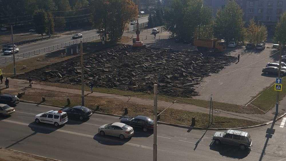 В Брянске начали строить кольцевую развязку на улице Крахмалёва