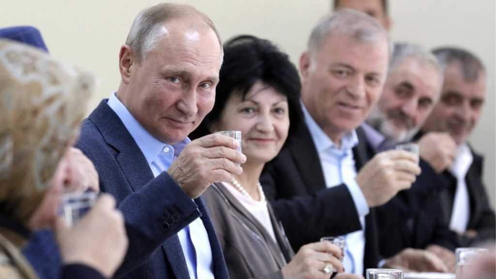 Решения Владимира Путина на мировой арене шокировали весь мир