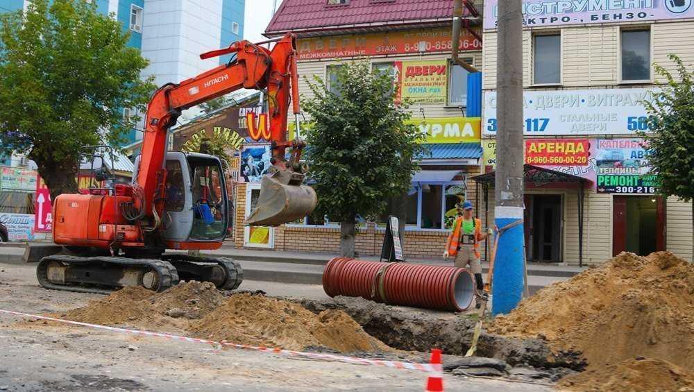 В Брянске ливнёвку на улице Литейной построили на 80 процентов