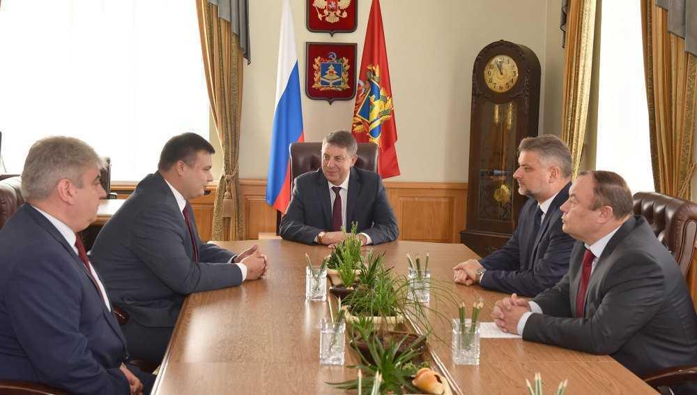 Губернатор Богомаз встретился с главой брянского управления СК Лукичевым