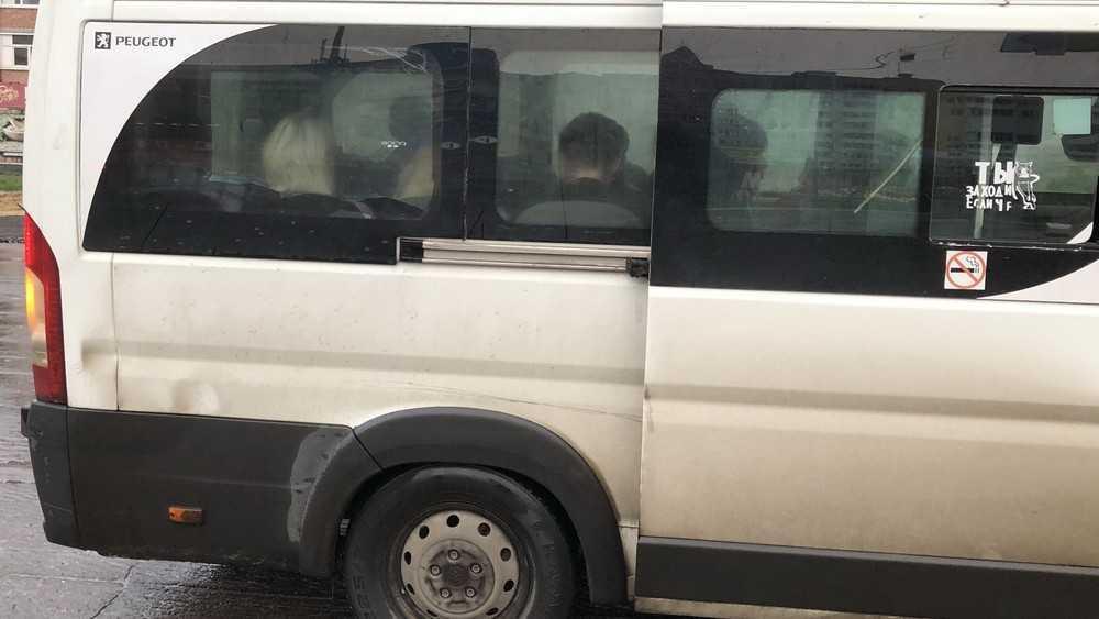 В Брянске из-за пяти рублей случился большой скандал в маршрутке