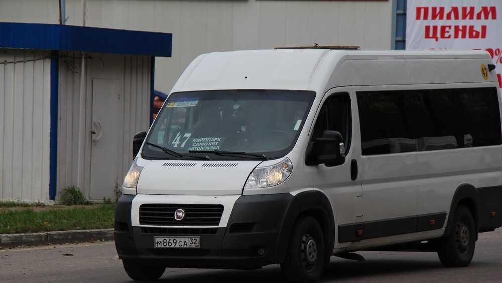 Мэр Брянска велел заменить 5 маршруток автобусами незаметно для пассажиров