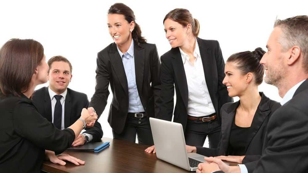 Брянских предпринимателей научат в три клика продавать товар за рубеж