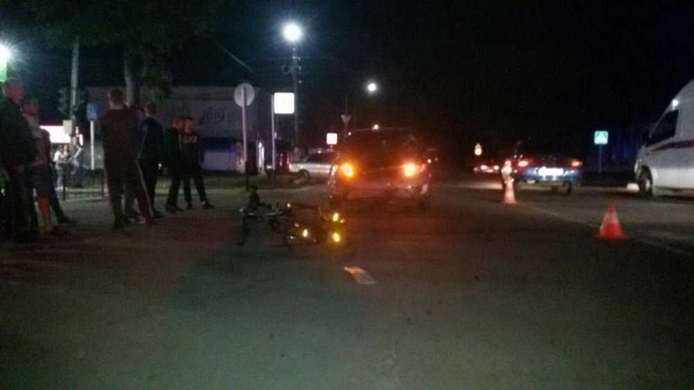 В Новозыбкове 60-летний велосипедист попал под Kia и разбил лицо