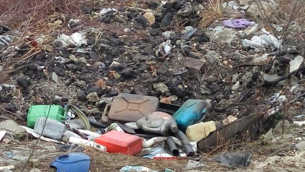 Прокурор велел чиновникам убрать свалки в Бежицком районе Брянска