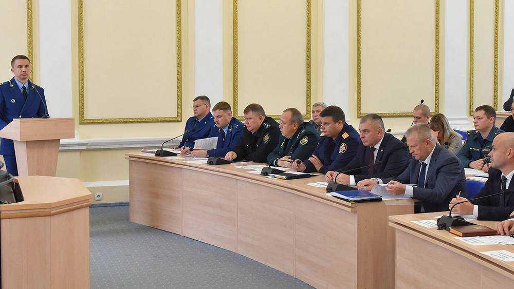 Брянский губернатор призвал чиновников не провоцировать преступления