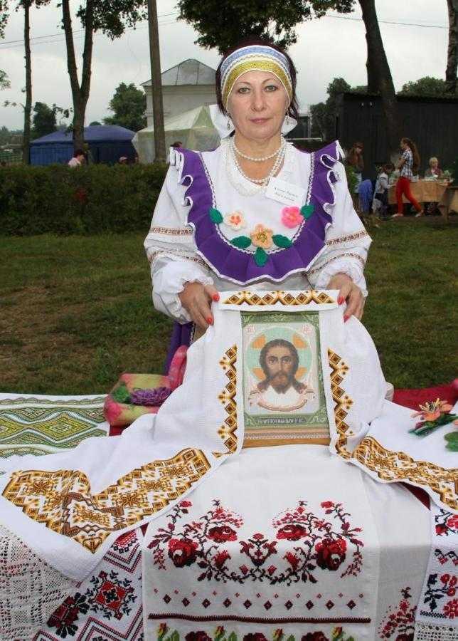 Дубровская мастерица примет участие в международном фестивале «Руками женщины»