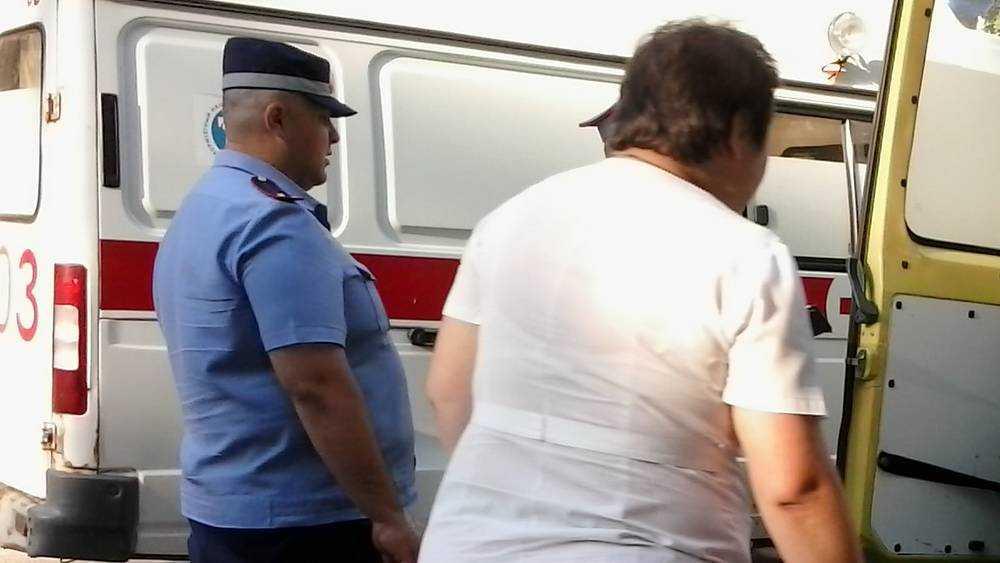 Пьяный житель Брянска напал с ножом на фельдшера скорой помощи