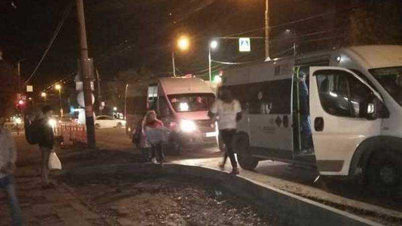В Брянске юные лжеволонтеры снова атаковали маршрутки
