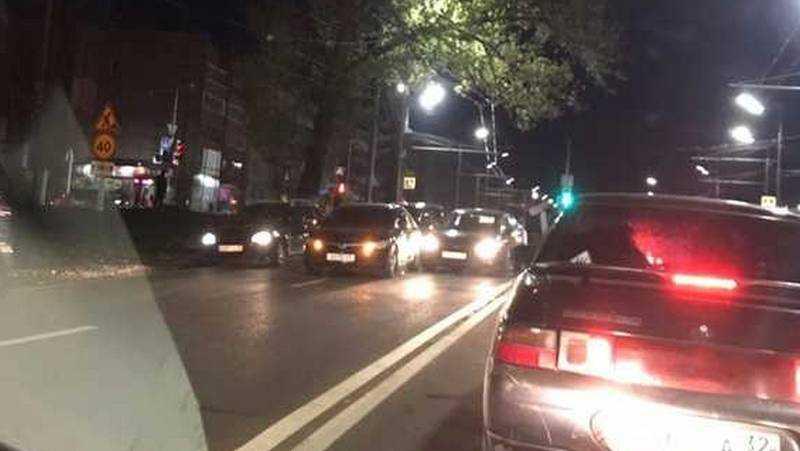В Брянске произошло вечернее ДТП на Авиационной