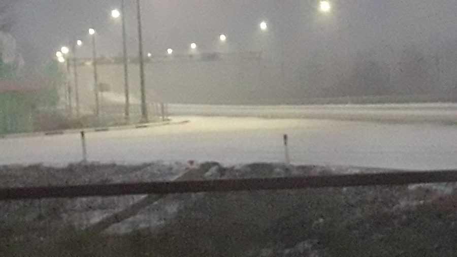 Федеральную трассу под Брянском занесло снегом
