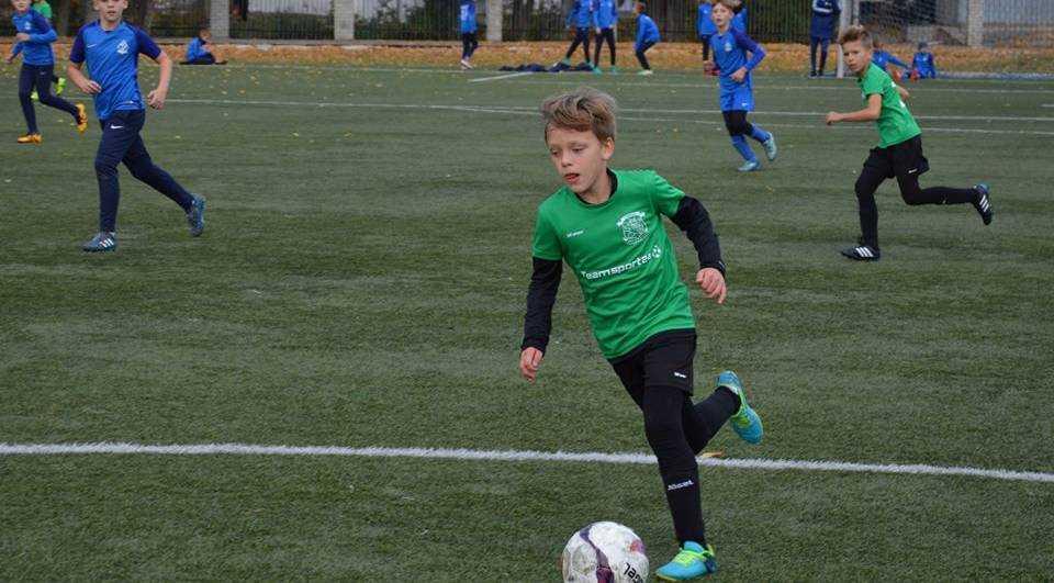 Юные футболисты из Стародуба победили в областном первенстве