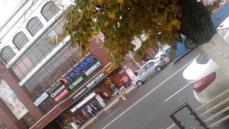 В Брянске в ДТП возле ТРЦ «Родина» попал троллейбус