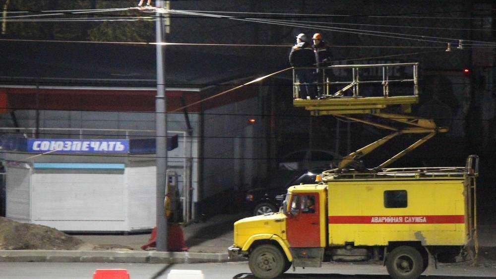 Ночные рабочие Брянска передали привет интернет-бездельникам