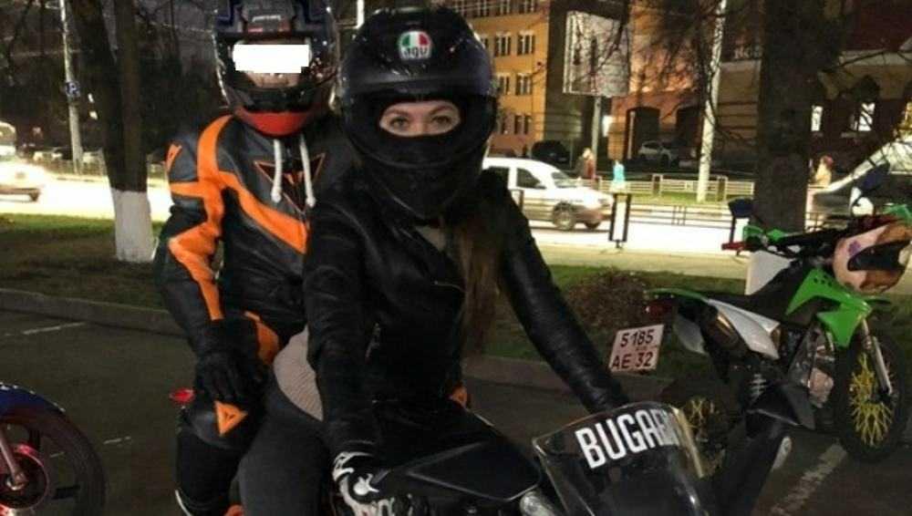 В Брянске оболганная байкерша объяснила катание ребенка на мотоцикле