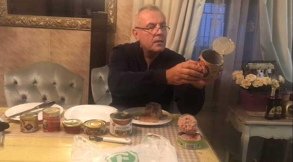 Брянского скандалиста Коломейцева выпустили из психушки