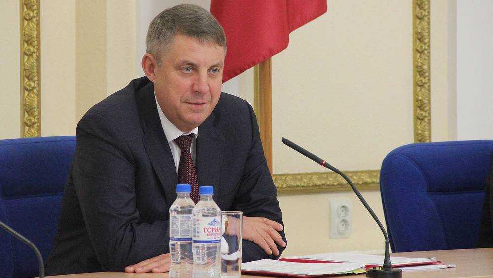 Брянского губернатора Богомаза нет в весенних списках на увольнение